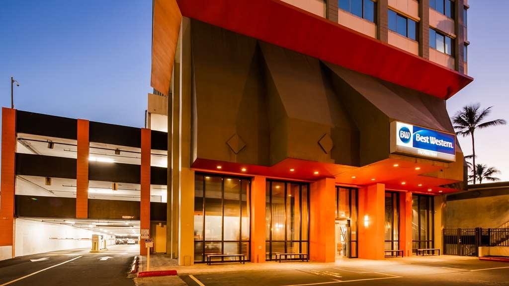 Best Western The Plaza Hotel - Facciata dell'albergo