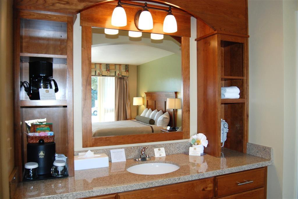 Best Western Driftwood Inn - Custom Bathroom Vanity