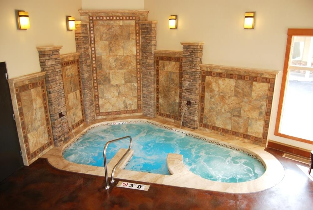 Best Western Driftwood Inn - Relax with our large indoor spa perfect after a long flight or drive.