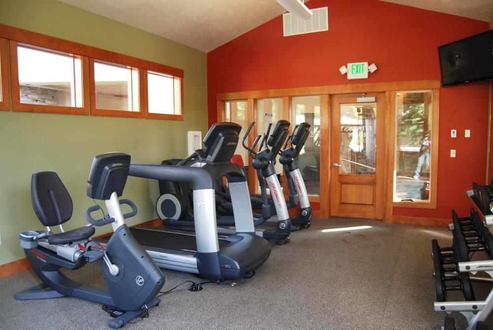 Best Western Driftwood Inn - Our fitness center offers state of the art fitness equipment to keep you going while on the road.