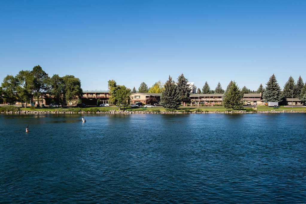 Best Western Driftwood Inn - Best Western Driftwood Inn is located on the banks of the Snake River.