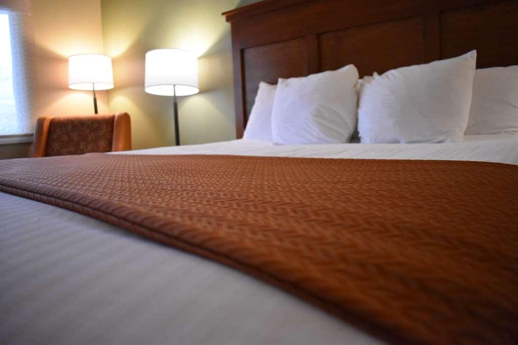 Best Western Driftwood Inn - Bed