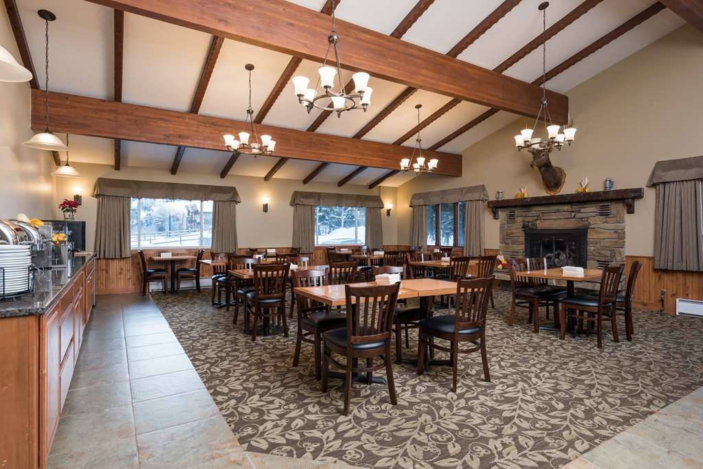 Best Western Tyrolean Lodge - Salle de petit déjeuner