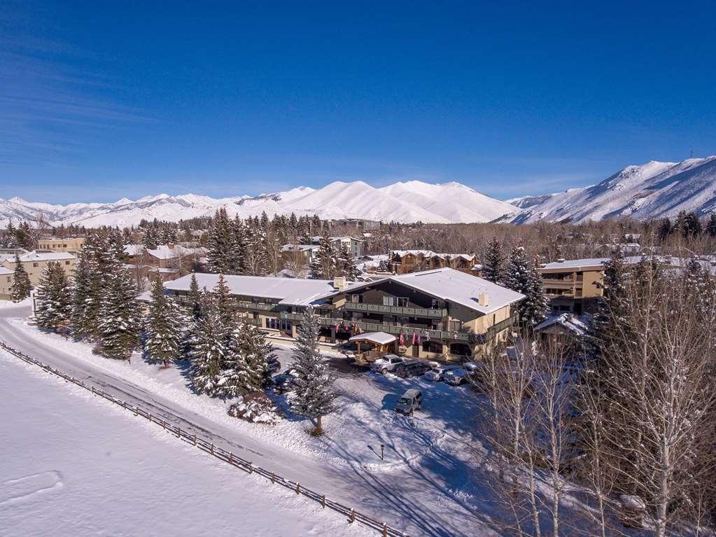 Best Western Tyrolean Lodge - Vista Exterior