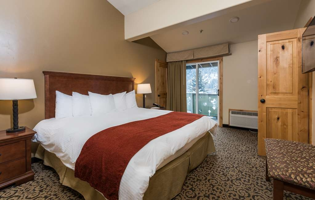 Best Western Tyrolean Lodge - Suite con hidromasaje