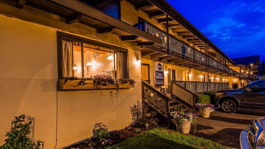 Best Western Tyrolean Lodge - Exterior
