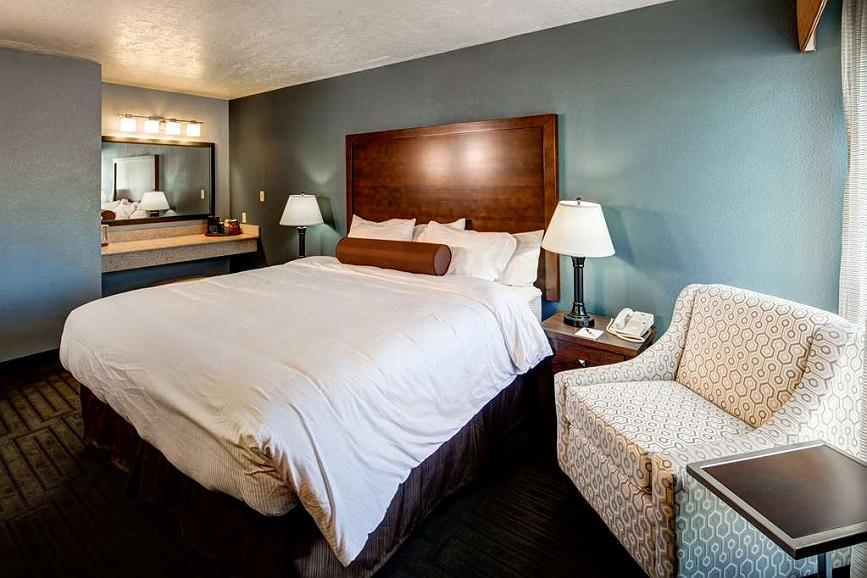 Fabulous Hotel En Pocatello Best Western Pocatello Inn Gmtry Best Dining Table And Chair Ideas Images Gmtryco
