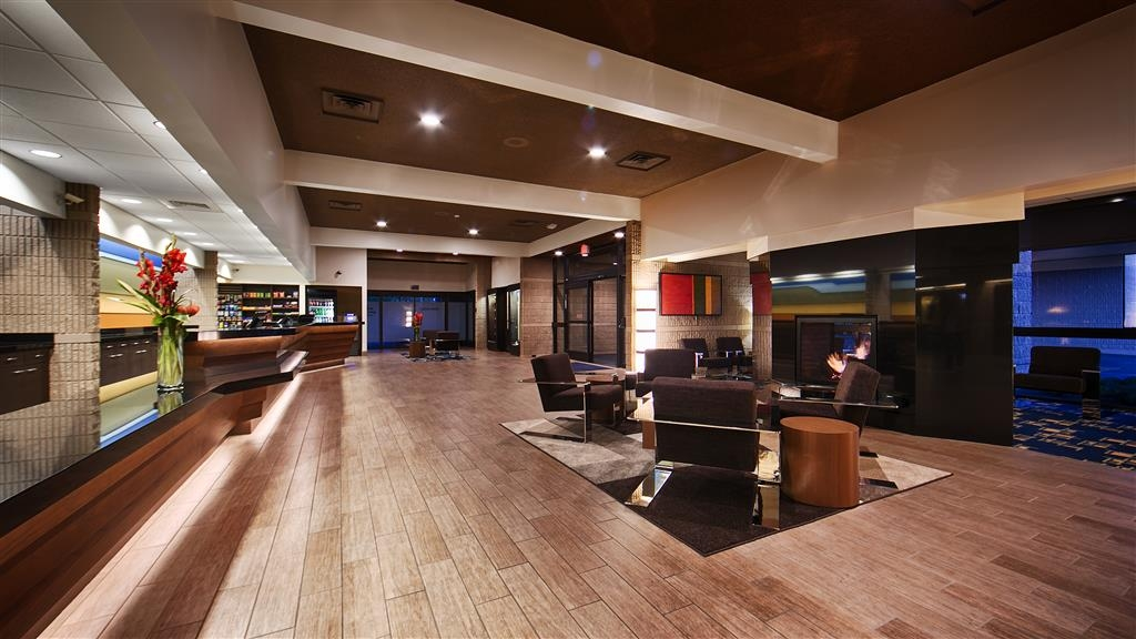 Best Western Plus University Inn - Vue du lobby