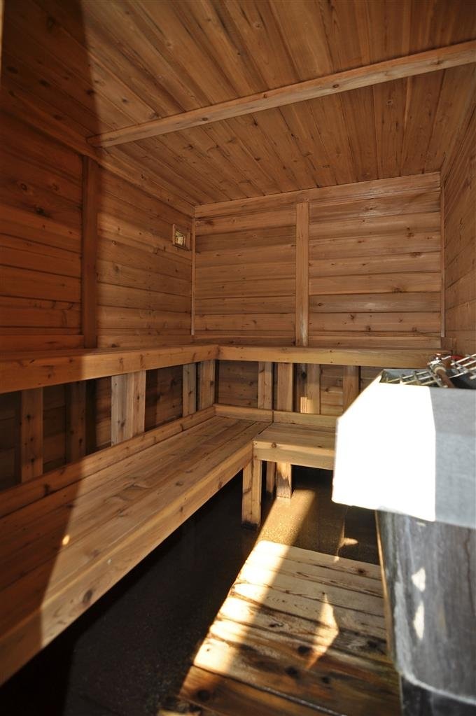 Best Western Plus University Inn - Sauna