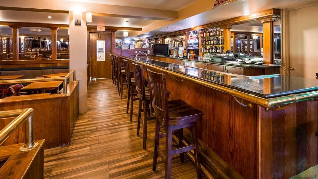 Best Western Plus Burley Inn & Convention Center - Bar / Lounge