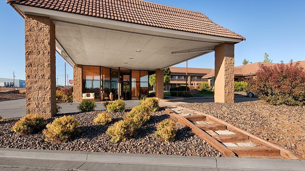 Best Western Foothills Inn - Façade