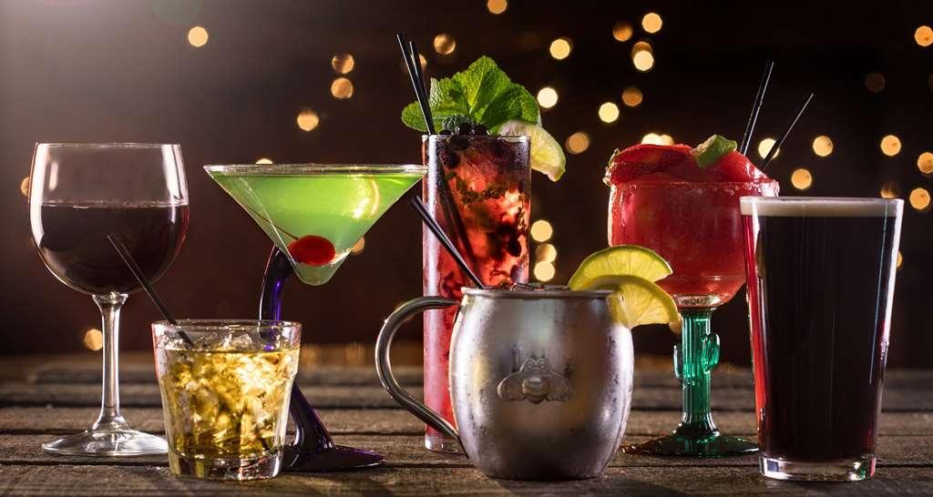 Best Western Plus Kootenai River Inn Casino & Spa - Bar/Lounge