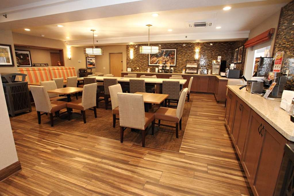 Best Western Plus CottonTree Inn - Frühstücksbuffet