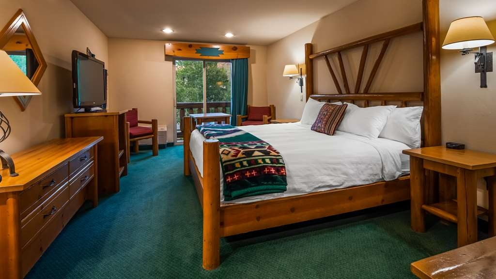 Best Western Plus Kentwood Lodge - Hall