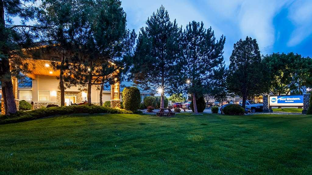 Best Western Sawtooth Inn & Suites - Exterior