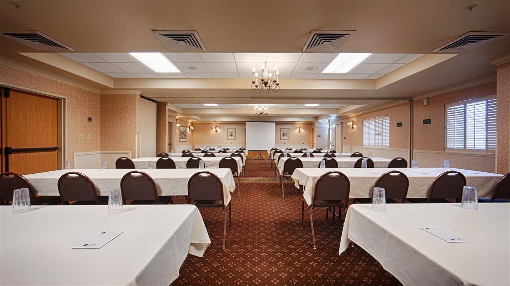 Best Western Plus Caldwell Inn & Suites - Salle de réunion