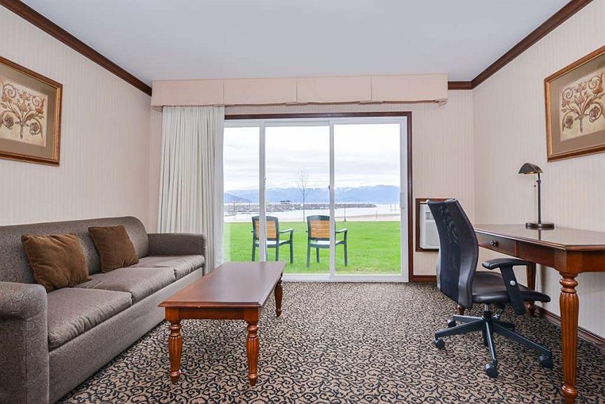 Groovy Hotel In Sandpoint Best Western Edgewater Resort Cjindustries Chair Design For Home Cjindustriesco