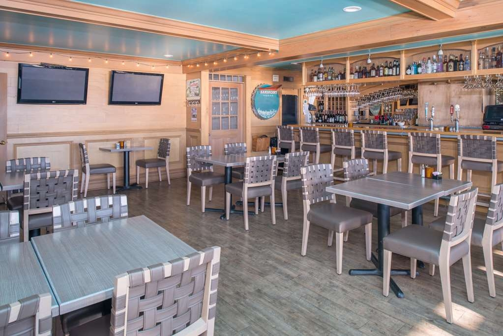 Best Western Edgewater Resort - Bar / Lounge