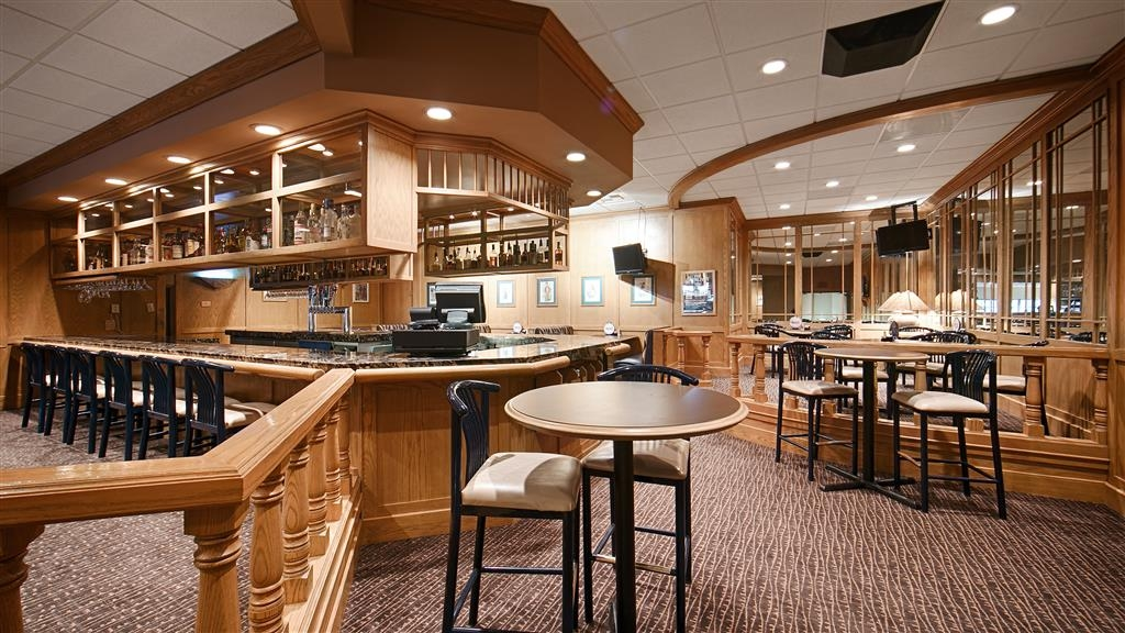 Best Western Plus Coeur d'Alene Inn - Bar / Lounge
