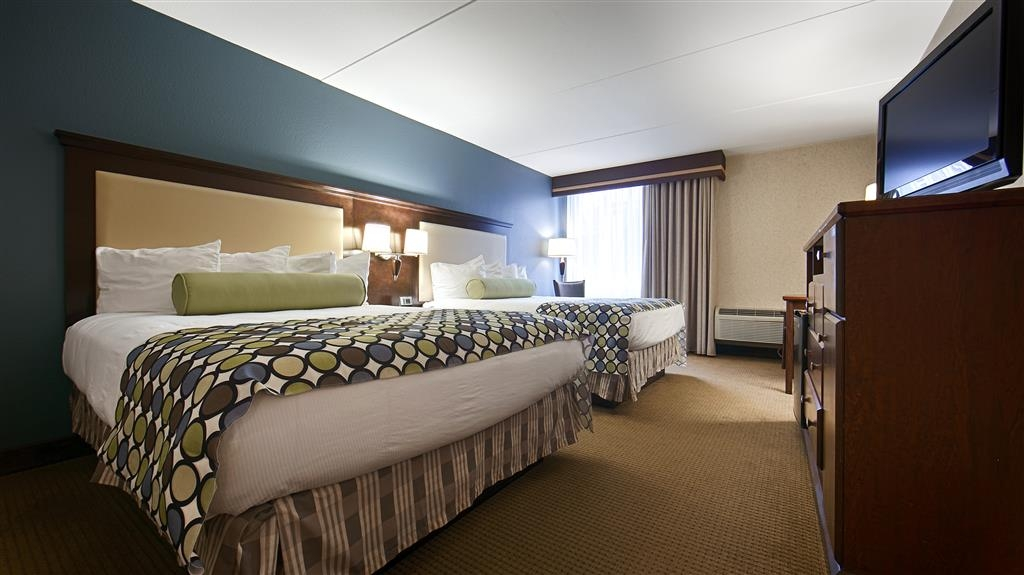 Best Western Plus Coeur d'Alene Inn - When traveling with friends or family, opt for a guest room featuring two comfortable beds.