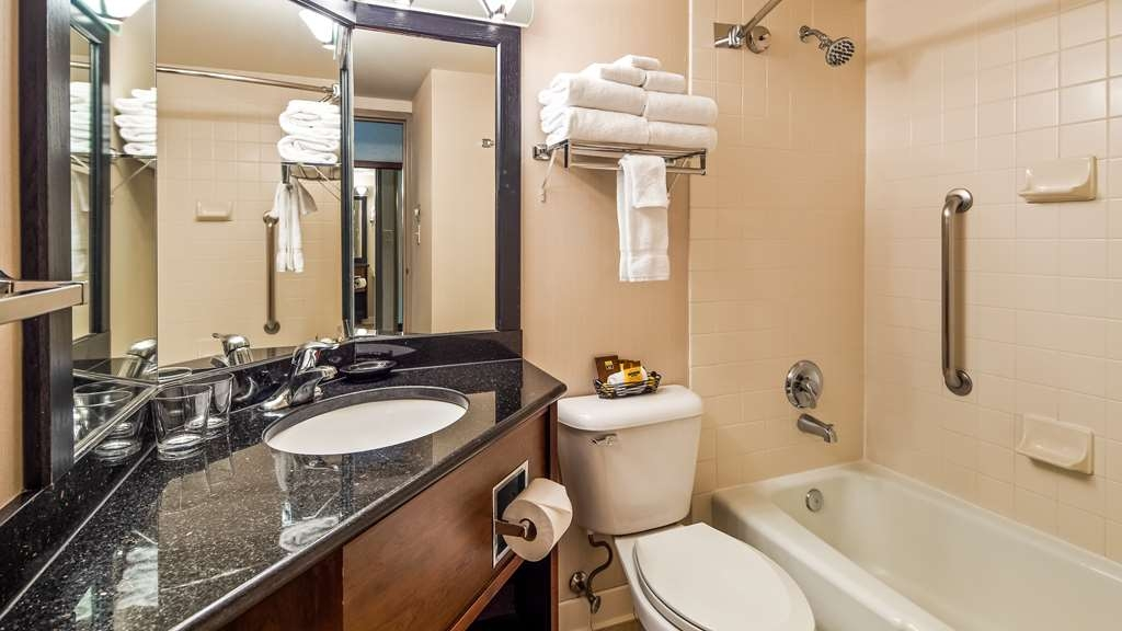 Best Western Plus Coeur d'Alene Inn - We take pride in making everything spotless for your arrival.