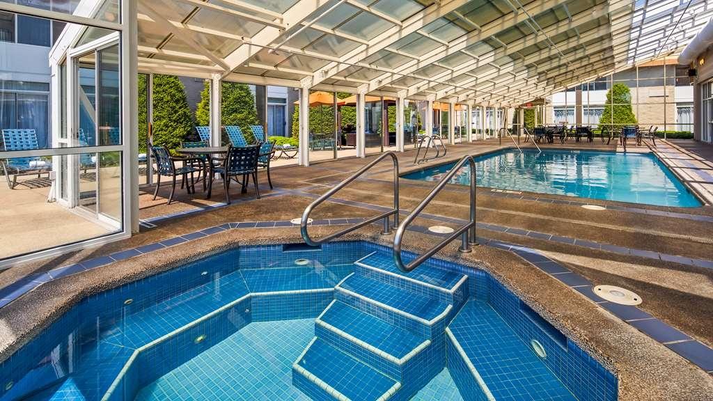 Best Western Plus Coeur d'Alene Inn - Vista de la piscina