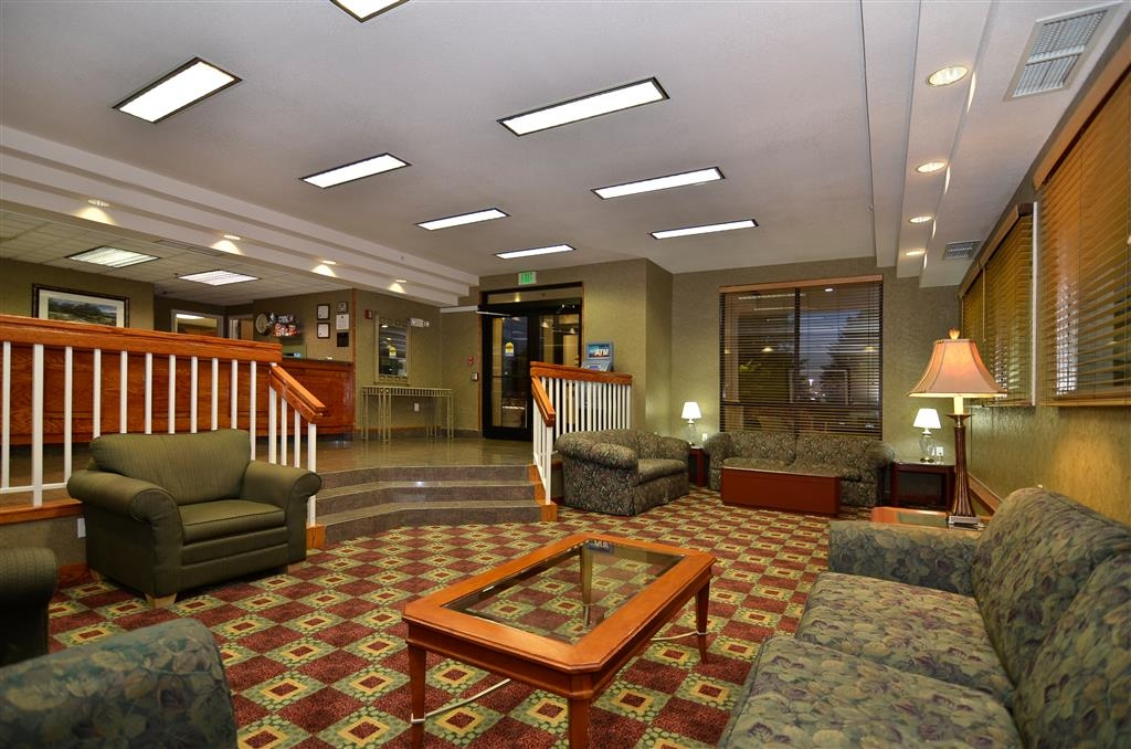 Best Western Plus Twin Falls Hotel - Lobby