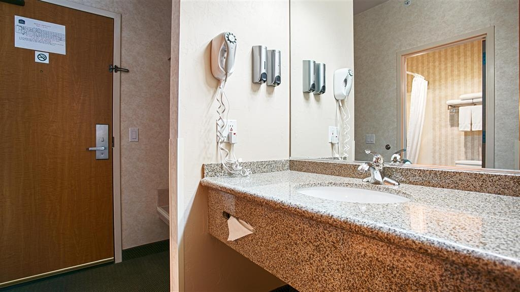 Best Western Plus Twin Falls Hotel - Baño