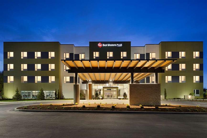 Best Western Plus Peppertree Nampa Civic Center Inn