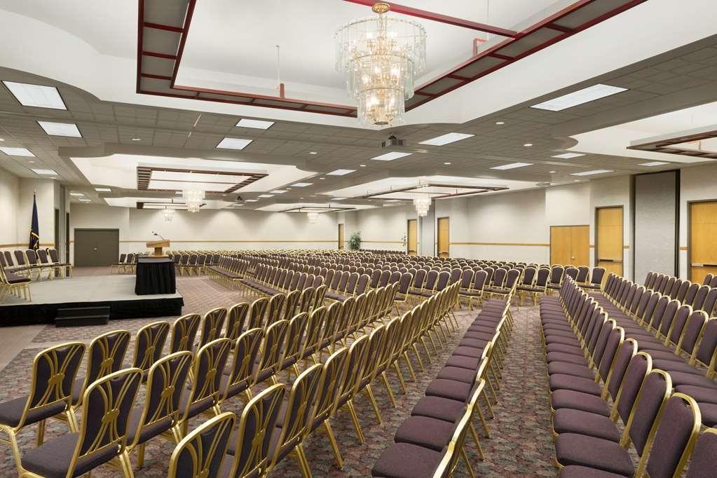Best Western Plus Peppertree Nampa Civic Center Inn - Best Western Plus Peppertree Nampa Civic Center Inn Banquet Meeting Room