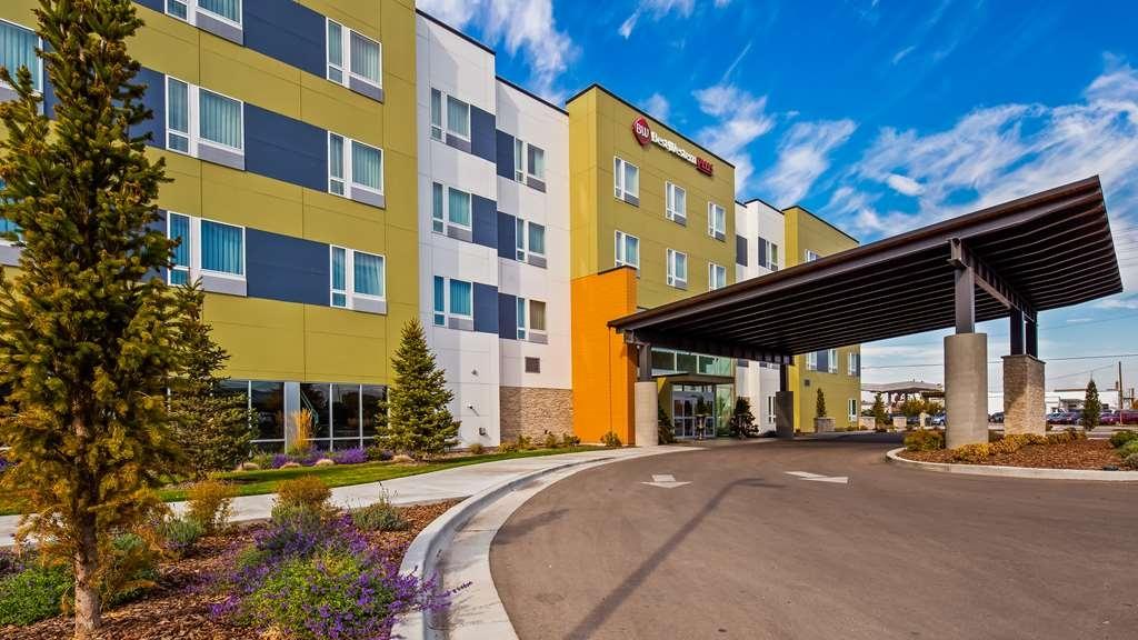 Best Western Plus Peppertree Nampa Civic Center Inn - Façade