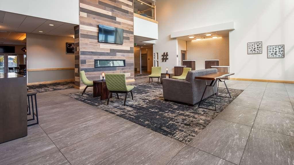 Best Western Plus Peppertree Nampa Civic Center Inn - Vue du lobby