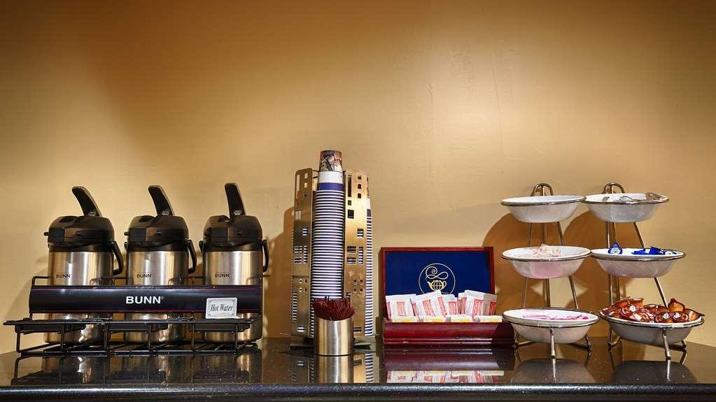 Best Western Plus Oakbrook Inn - Enjoy fresh brewed coffee everyday!