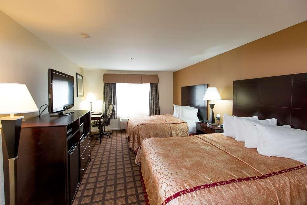 Best Western Plus Oakbrook Inn - Double Queen Room