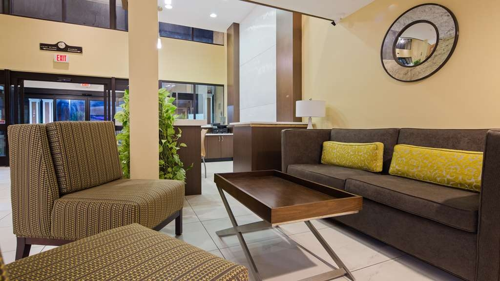 Best Western Plus Oakbrook Inn - Our lobby is the perfect spot to relax after a long day of work and travel.