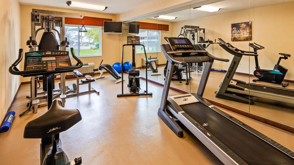 Best Western Paradise Inn - Exercise Facility Open from 6:00 a.m. to 10:00 p.m.