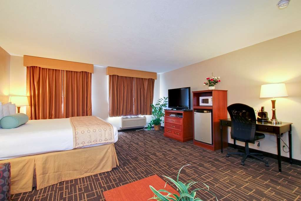 Best Western Airport Inn - All of our rooms are ultra clean certified.