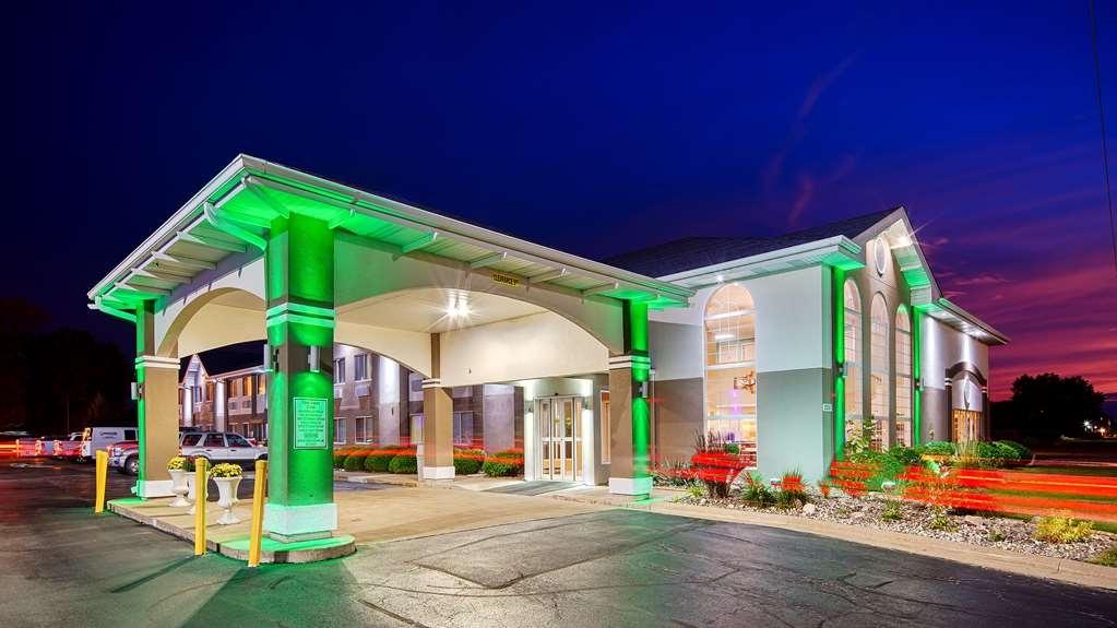 Best Western Airport Inn - Façade