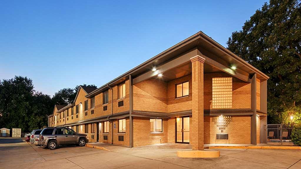 Best Western Riverside Inn - Aussenansicht