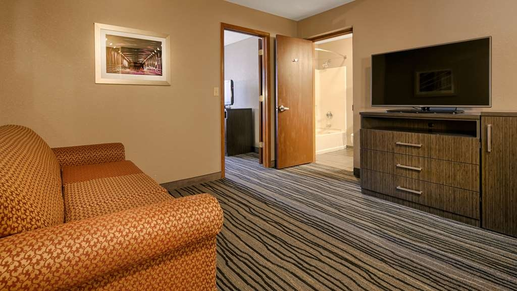 Best Western Riverside Inn - Indulge yourself in our warm, welcoming and inviting suite