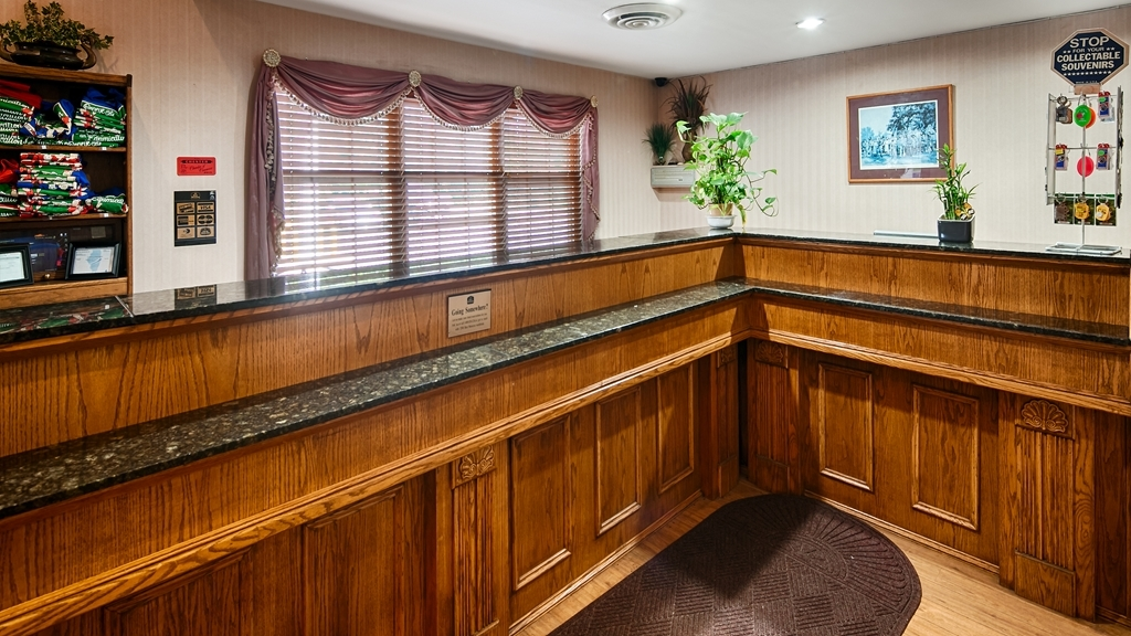 Best Western Chester Hotel - Our front desk is happy to provide all the comforts of home for you during your stay.