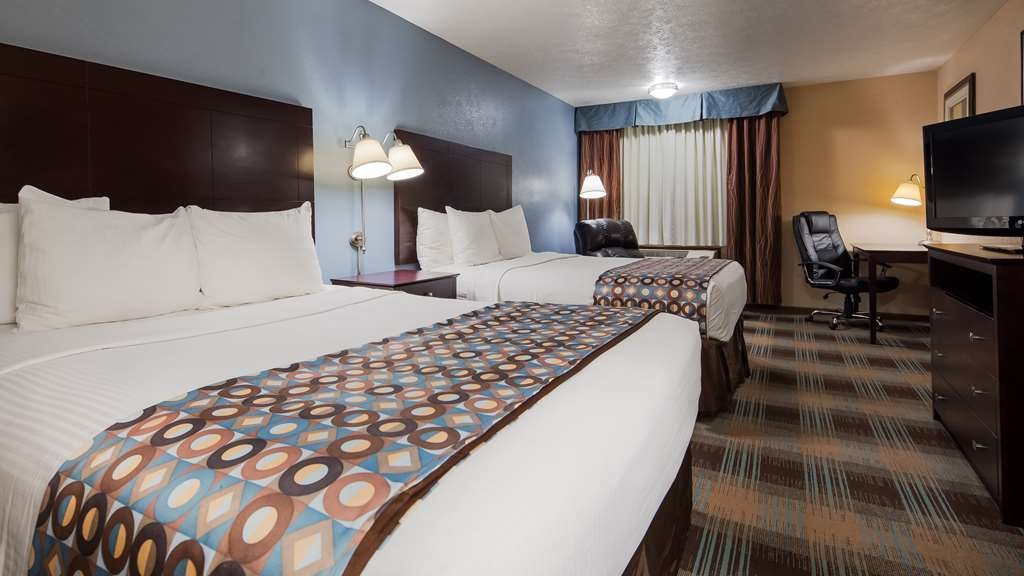 Best Western Regency Inn - Your comfort is our first priority. In our two queen guest room, you will find that and much more.