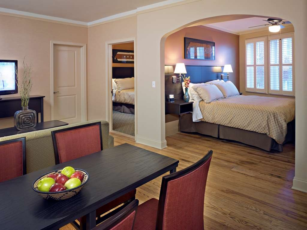 Best Western Plus Hawthorne Terrace Hotel - Suite