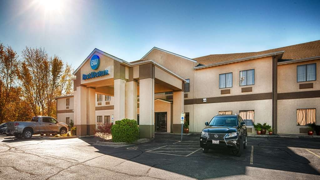 Best Western Clearlake Plaza - Experience the meaning of true comfort at the Best Western Clearlake Plaza. We offer easy access to Springfield, IL most exciting events and attractions.