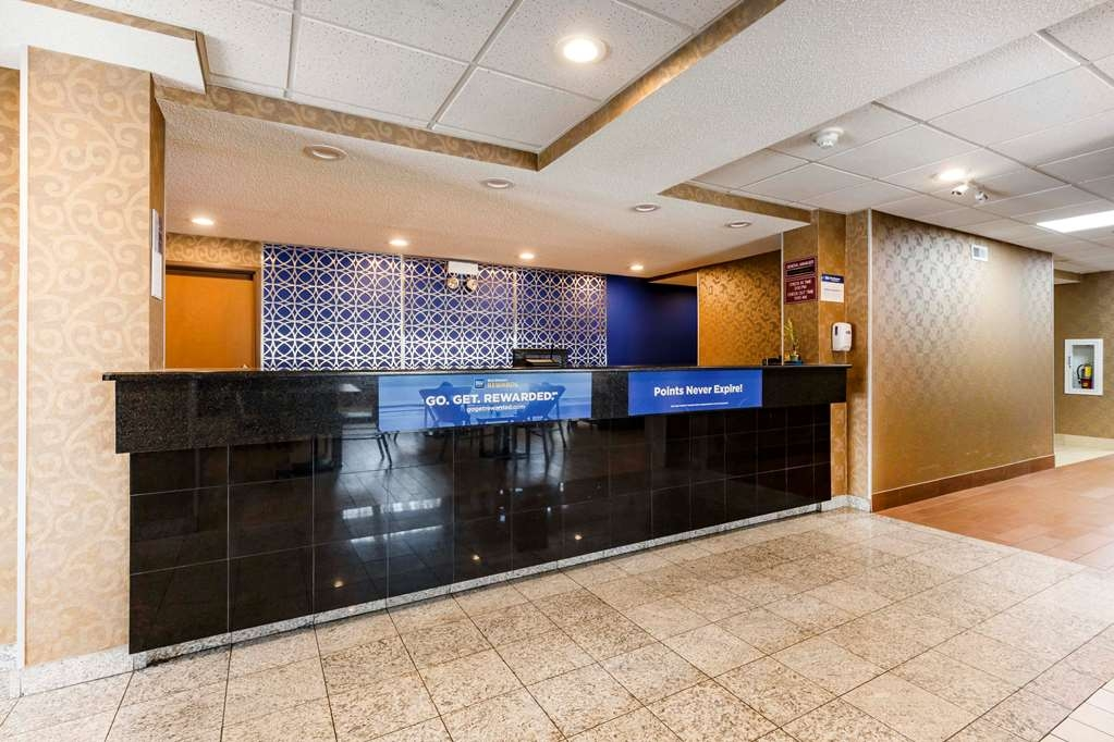 Best Western Des Plaines Inn - Checking in at our hotel is just the beginning of a world-class experience.
