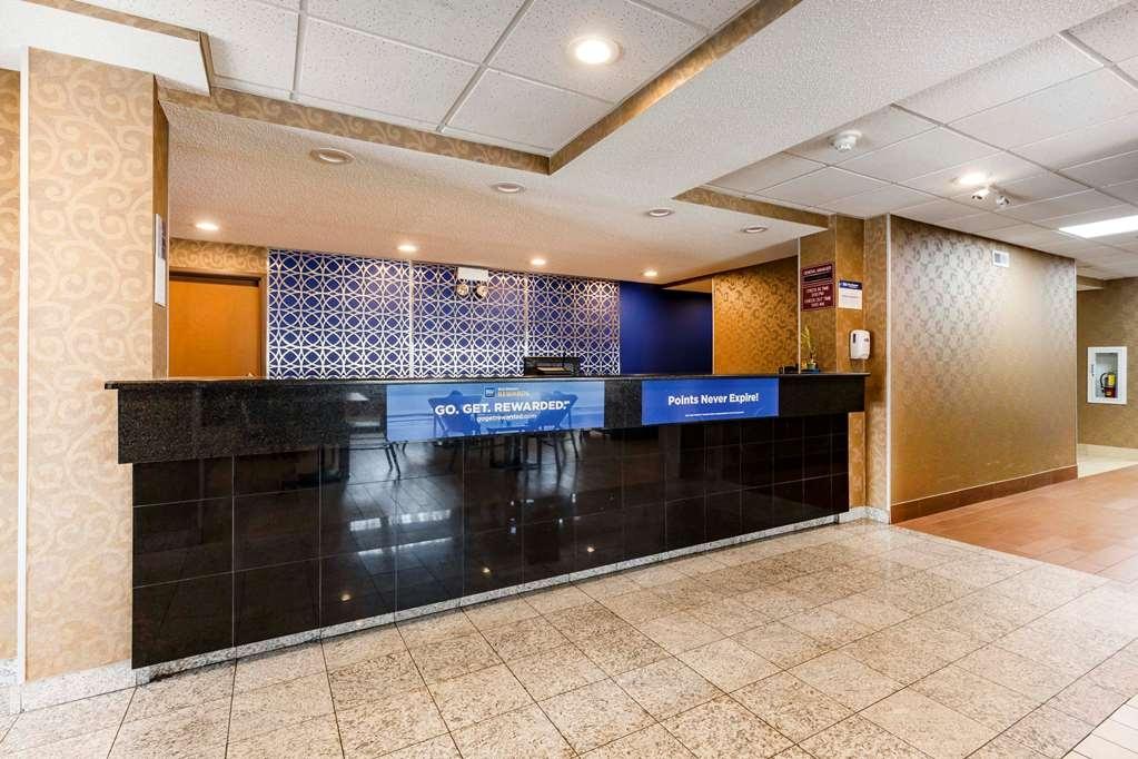 Best Western Des Plaines Inn - Lobbyansicht