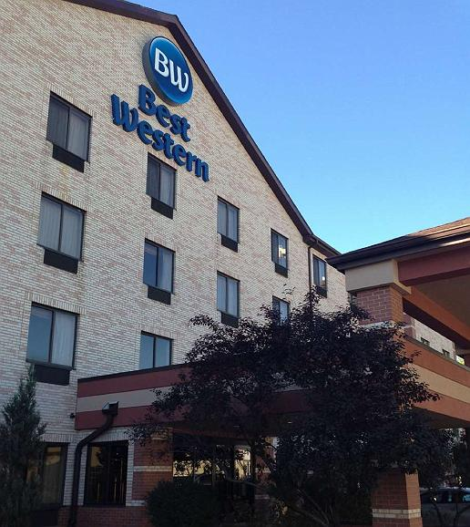 Best Western Inn & Suites - Midway Airport