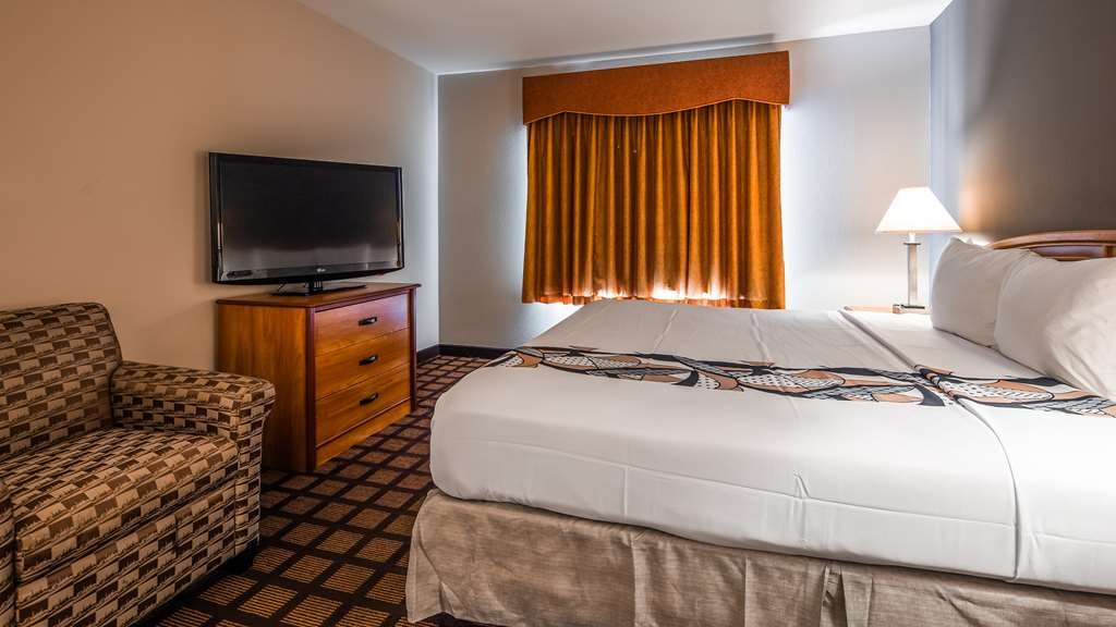 Best Western Inn & Suites - Midway Airport - Guest Room