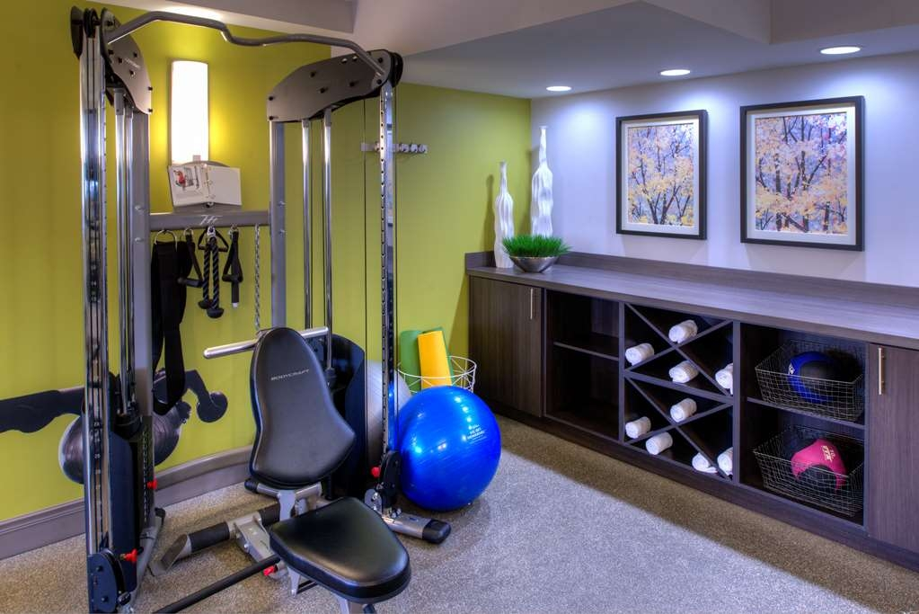 Best Western Naperville Inn - Stay active in our fitness center with a variety of equipment.