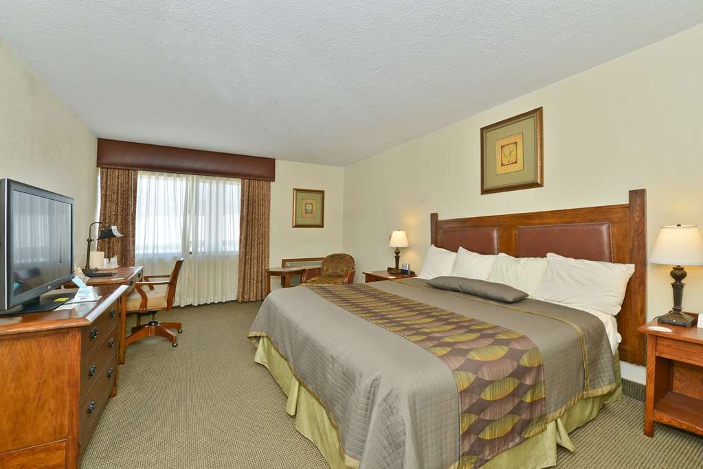 Best Western Prairie Inn & Conference Center - Our non-smoking king bed rooms offer a sofa and ottoman 37-inch flat panel HD LCD TV and wireless high-speed Internet.